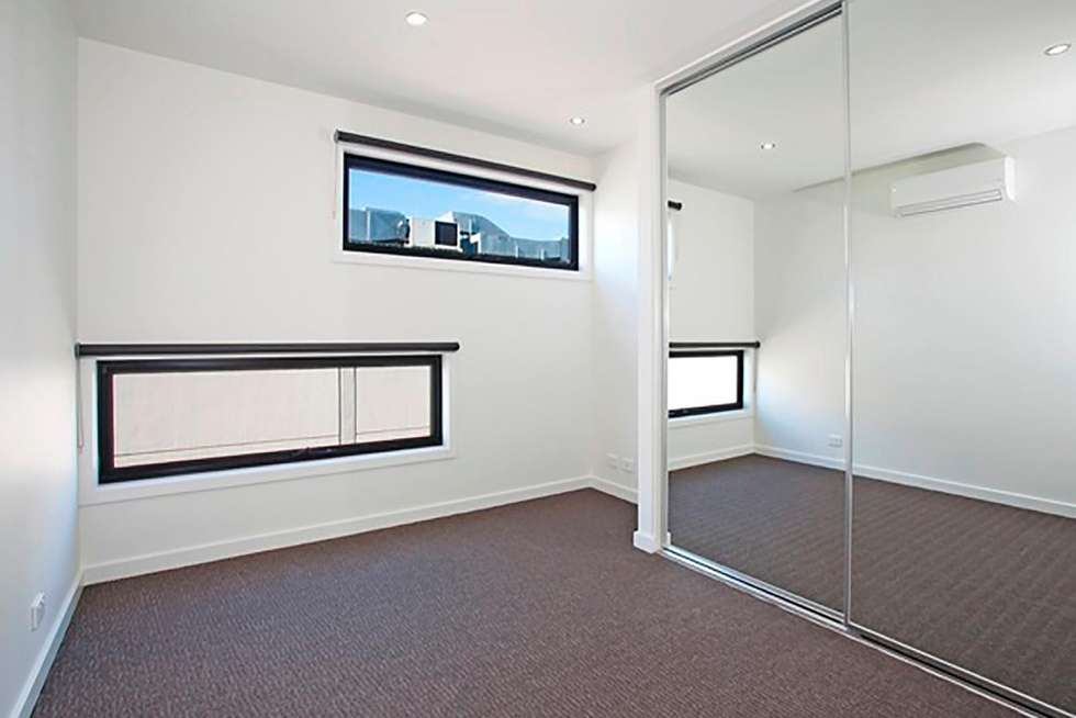 Fourth view of Homely townhouse listing, 1/55 Little Ryrie Street, Geelong VIC 3220