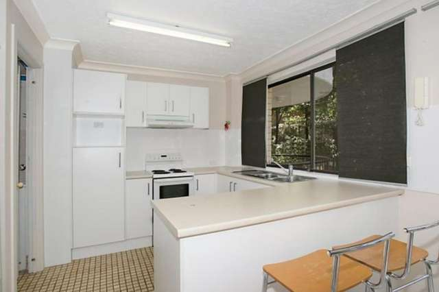 3/7 Lather Street, Southport QLD 4215