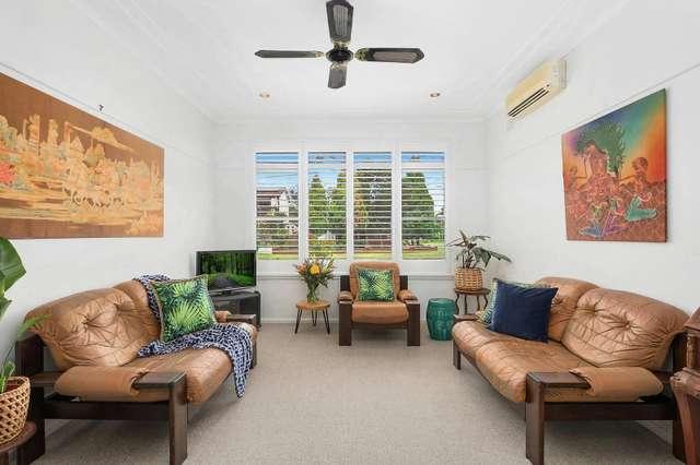 10 Cooyong Crescent, Toongabbie NSW 2146