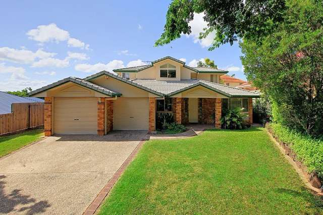 8 Goodwood Place, Carindale QLD 4152