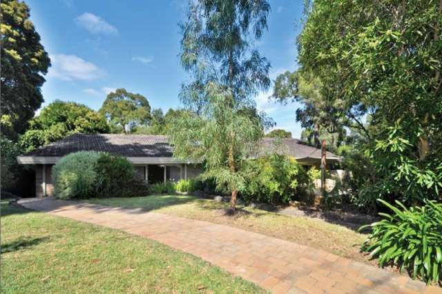 29 Dean Avenue, Mount Waverley VIC 3149