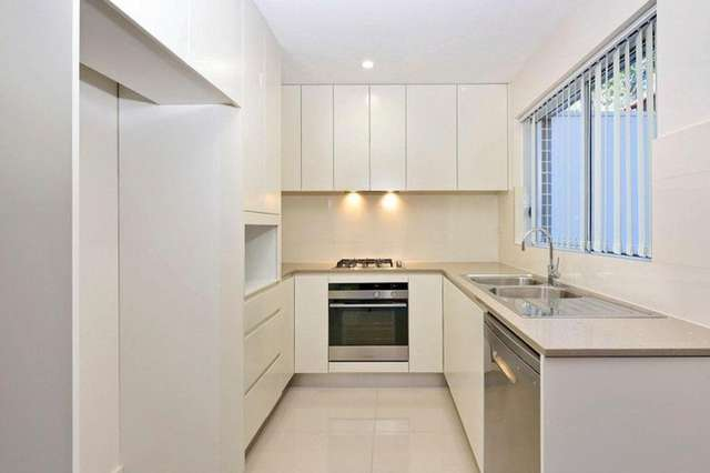 2/17 Yardley Avenue, Waitara NSW 2077