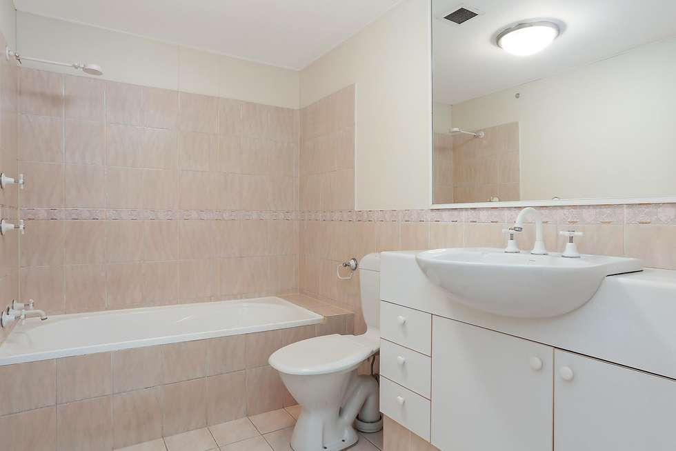 Fifth view of Homely apartment listing, N609/233 Harris Street, Pyrmont NSW 2009