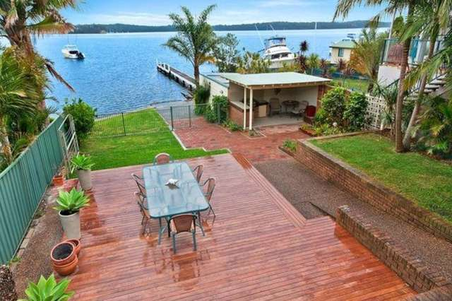 28 Marine Parade, Nords Wharf NSW 2281