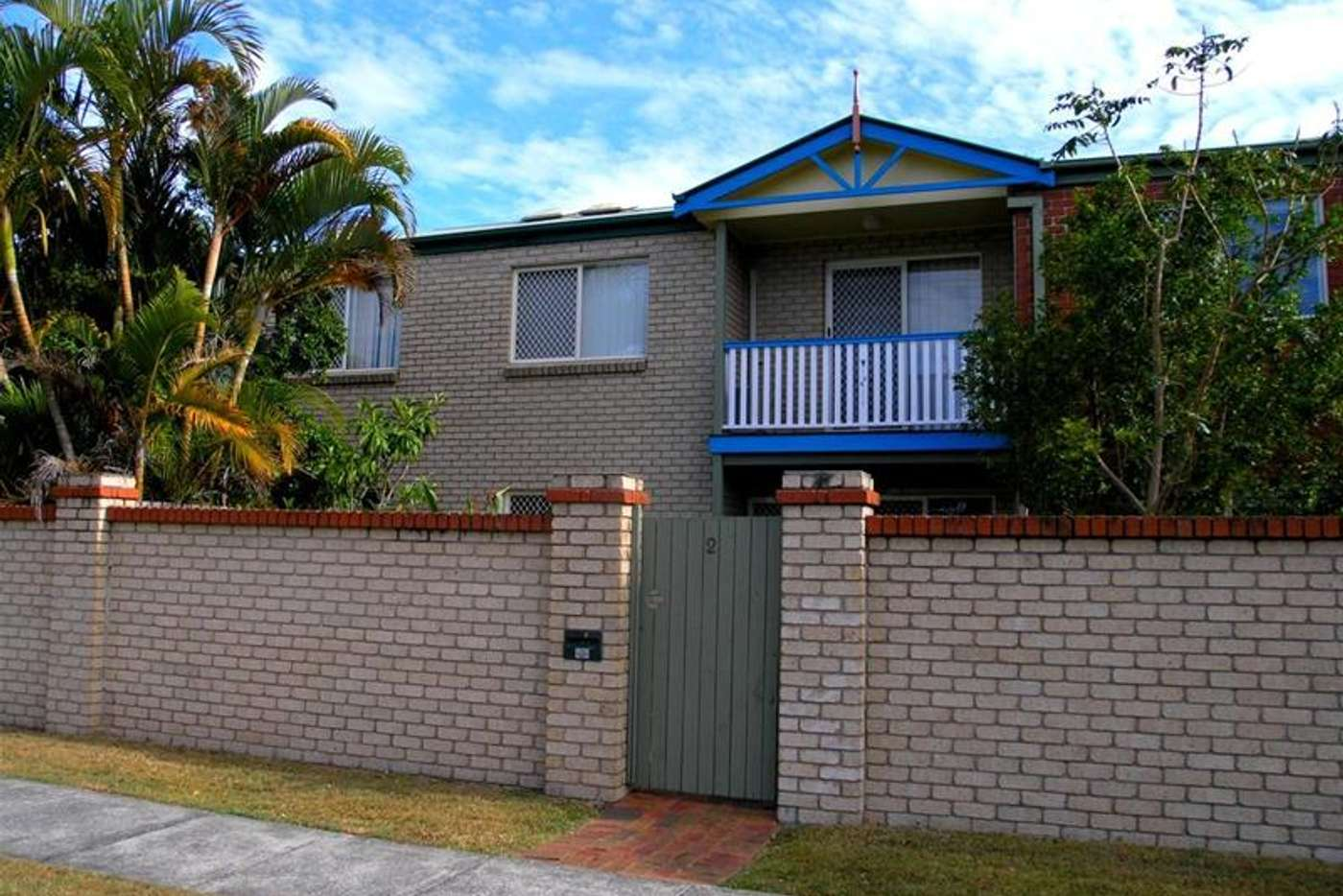 Main view of Homely townhouse listing, 2/735 Cavendish Road, Holland Park QLD 4121