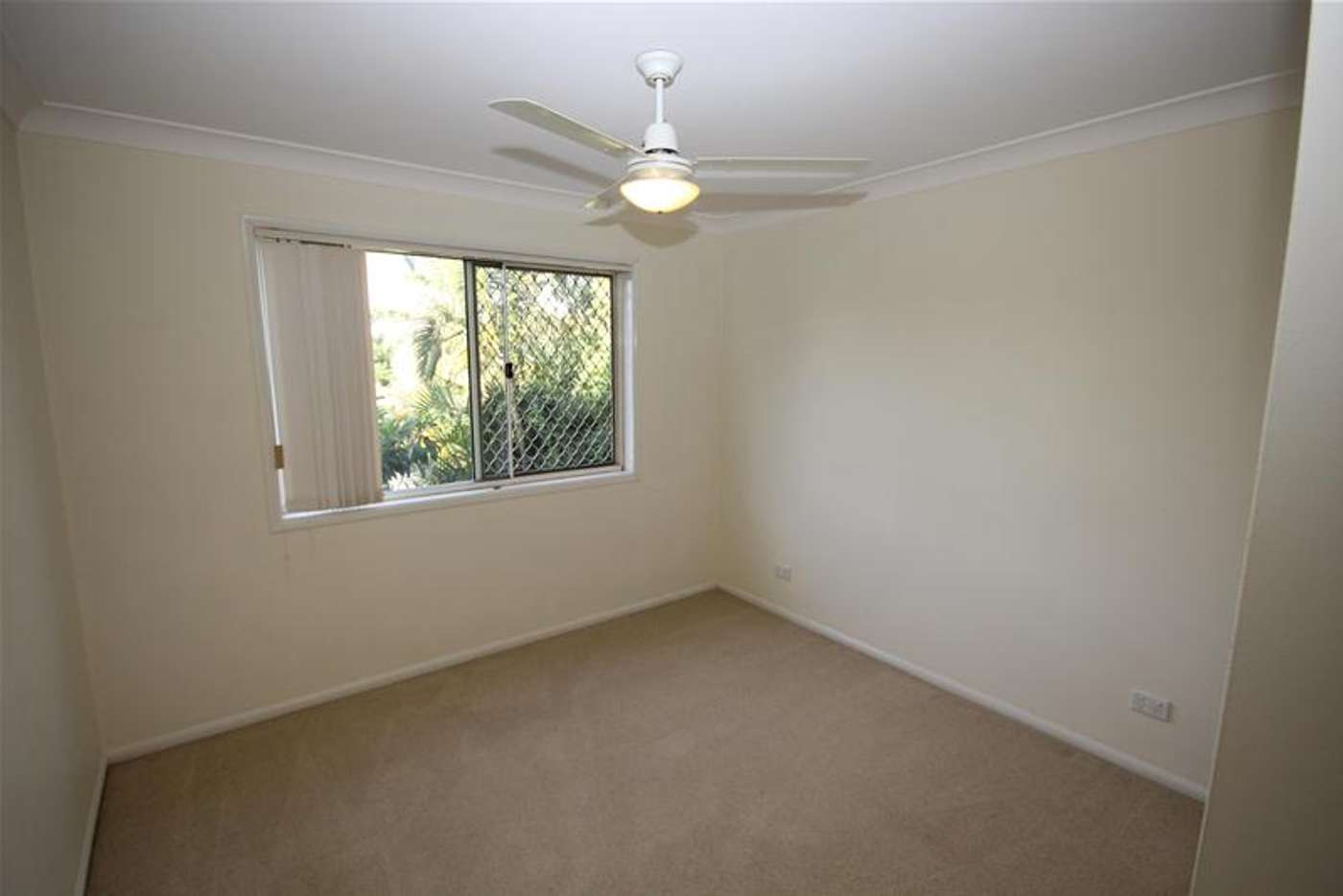 Sixth view of Homely townhouse listing, 2/735 Cavendish Road, Holland Park QLD 4121