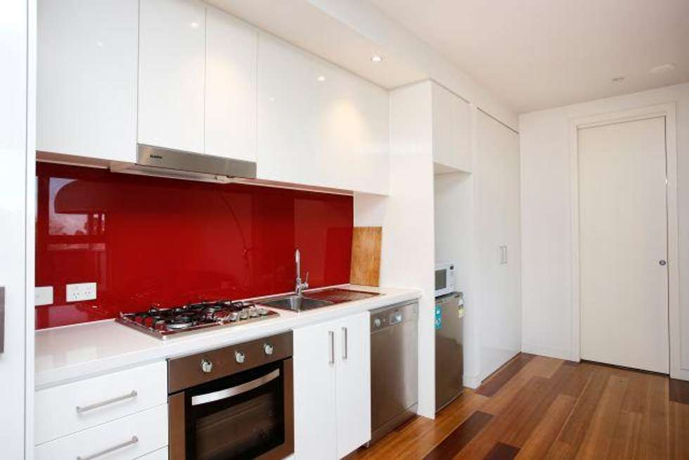 Third view of Homely apartment listing, 2/1 Mackie  Road, Bentleigh East VIC 3165