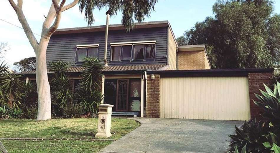 41 Coopers Hill Drive