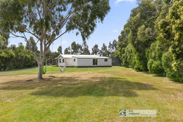 2 Jeury Court, Cowes VIC 3922