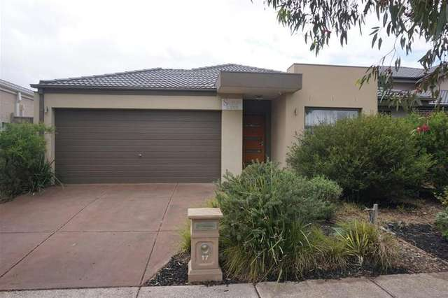 17 Newhaven Drive, Williams Landing VIC 3027