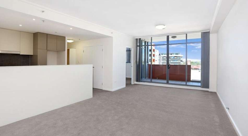 1 Bruce Bennetts Place