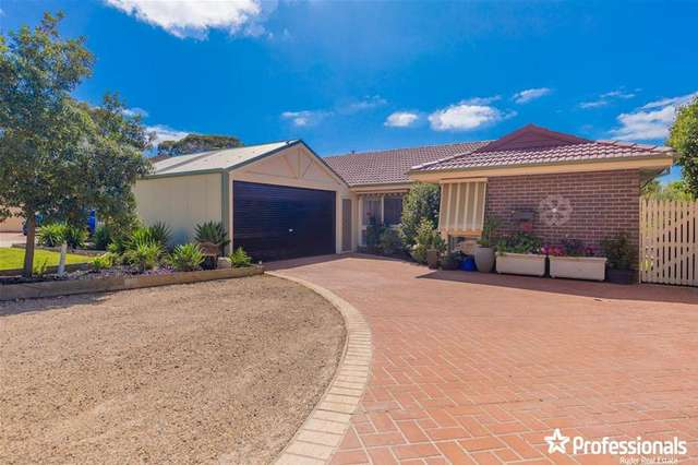 7 Parkwood Place, Melton West VIC 3337