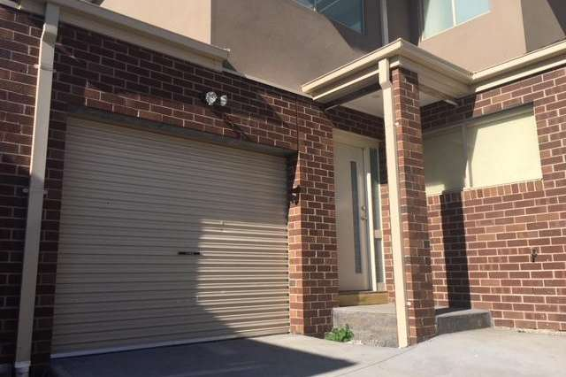 5/18 Shankland Boulevard, Meadow Heights VIC 3048