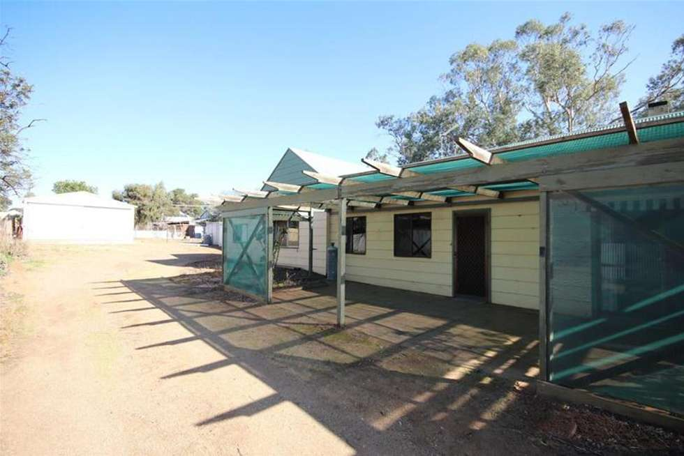 Second view of Homely house listing, 8 Queen Mary Street, Mannum SA 5238