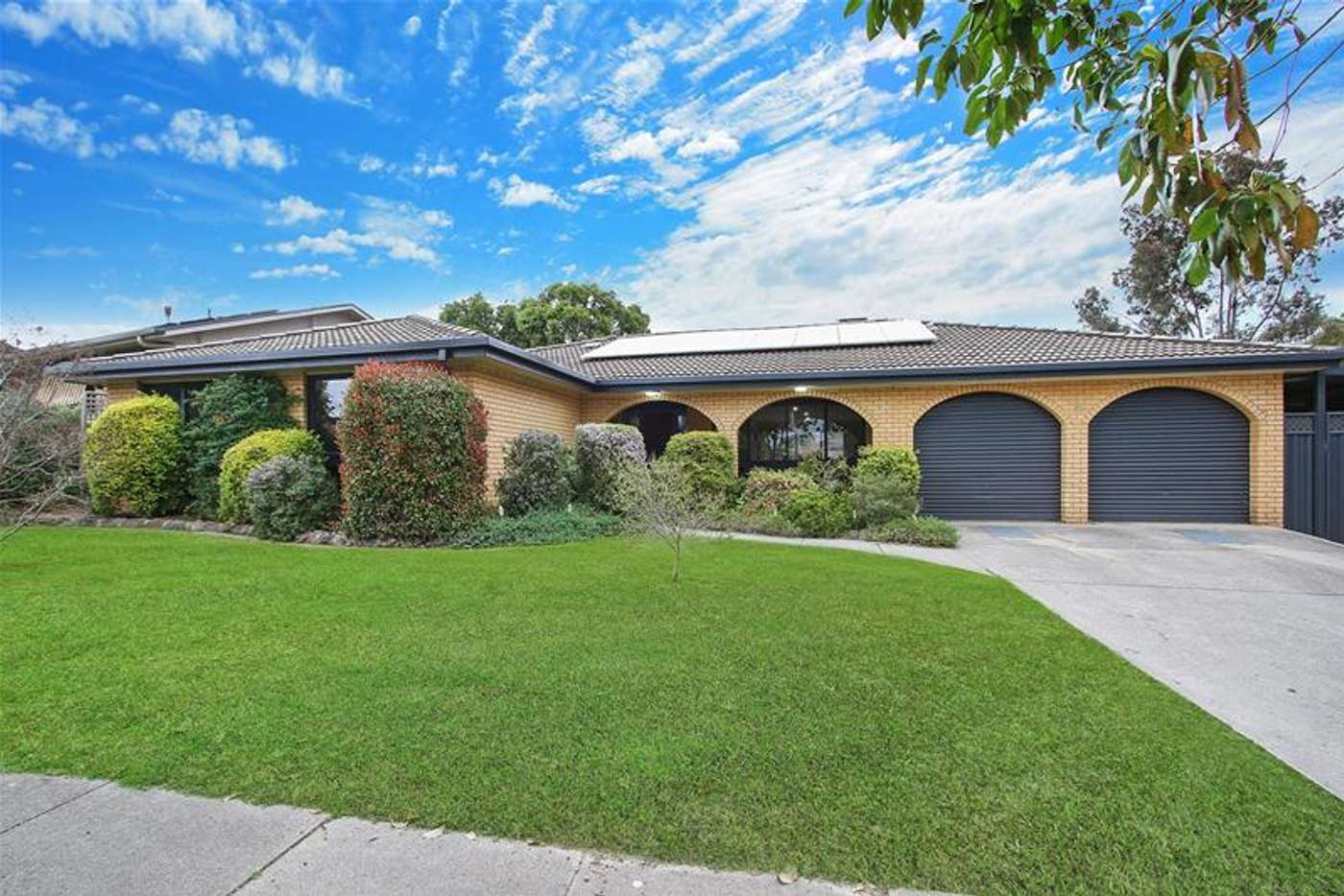 Main view of Homely house listing, 3 Scarborough Drive, Wodonga VIC 3690