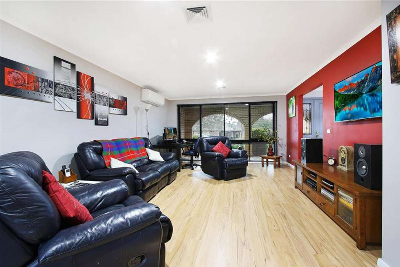 Fifth view of Homely house listing, 3 Scarborough Drive, Wodonga VIC 3690