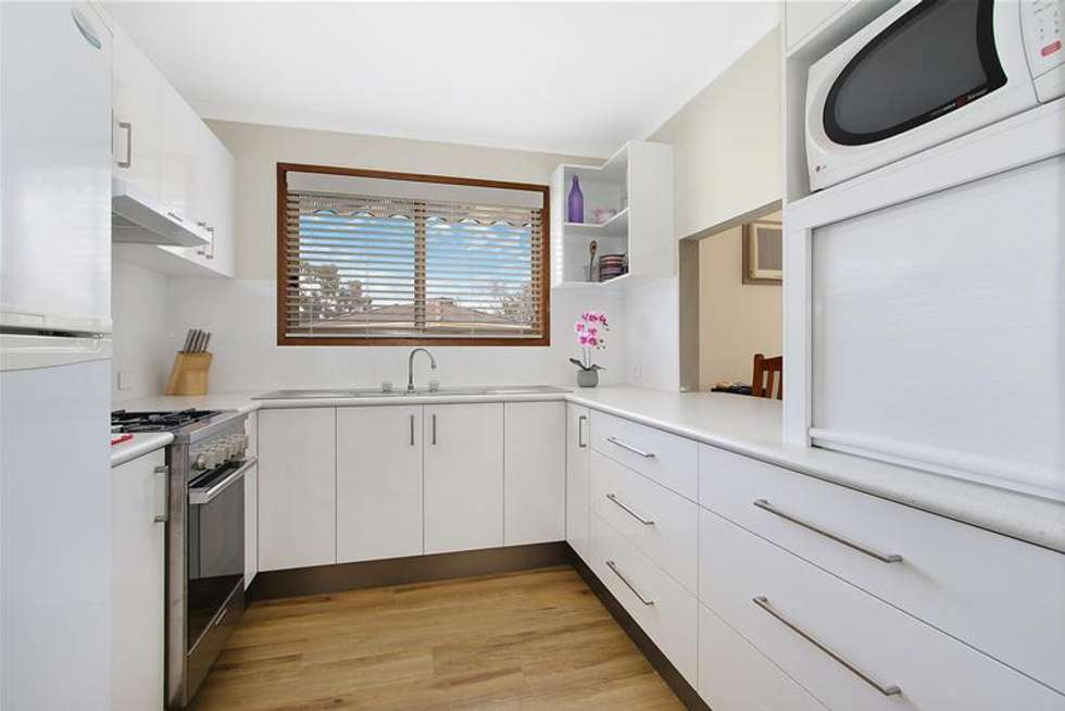 Second view of Homely unit listing, 4/7 Conway Court, Wodonga VIC 3690