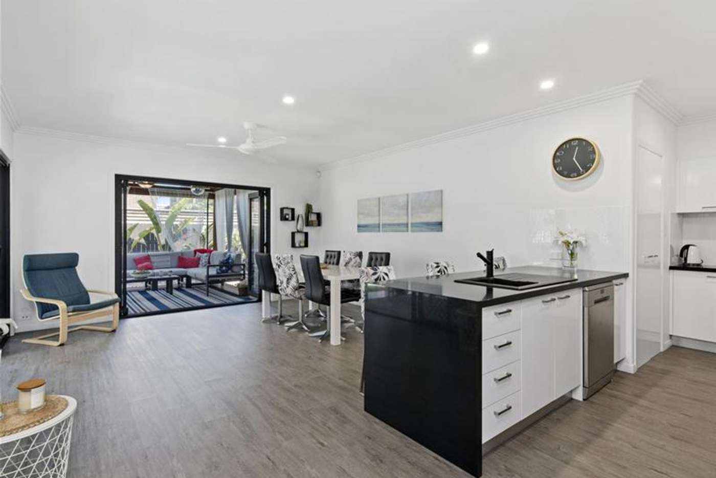 Sixth view of Homely semiDetached listing, 2/52 Tallebudgera Drive, Palm Beach QLD 4221