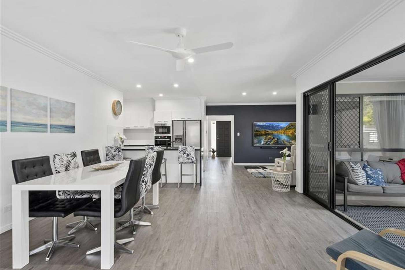 Seventh view of Homely semiDetached listing, 2/52 Tallebudgera Drive, Palm Beach QLD 4221