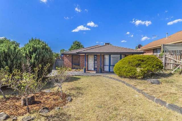 12 Mcnicol Close, Meadow Heights VIC 3048