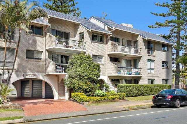 3/4 Fern Street, Surfers Paradise QLD 4217