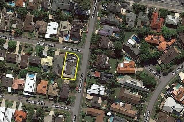 8 Richmond Avenue, Bundall QLD 4217