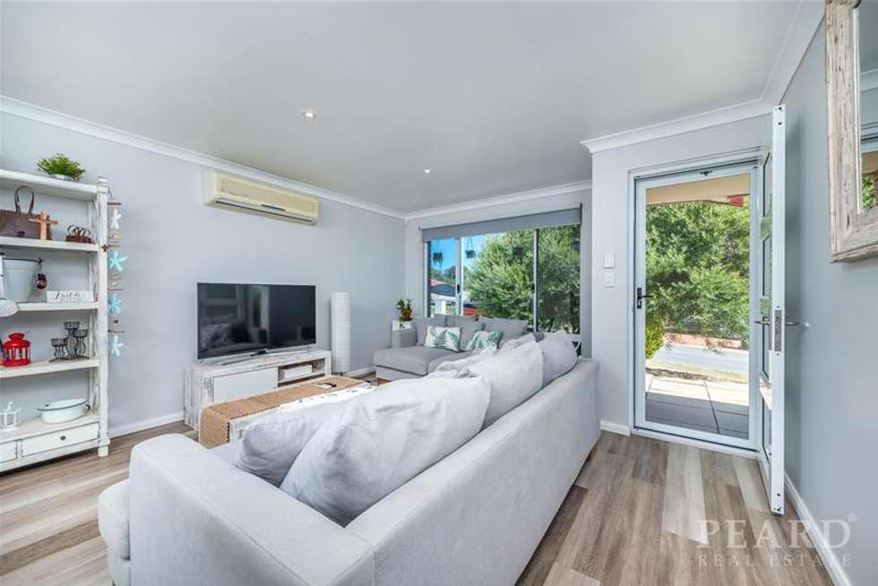 Second view of Homely house listing, 61 Littleham Loop, Quinns Rocks WA 6030