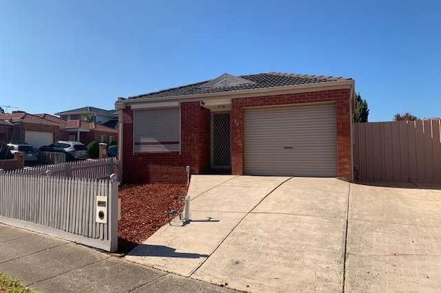 24 Golden Ash Court, Meadow Heights VIC 3048