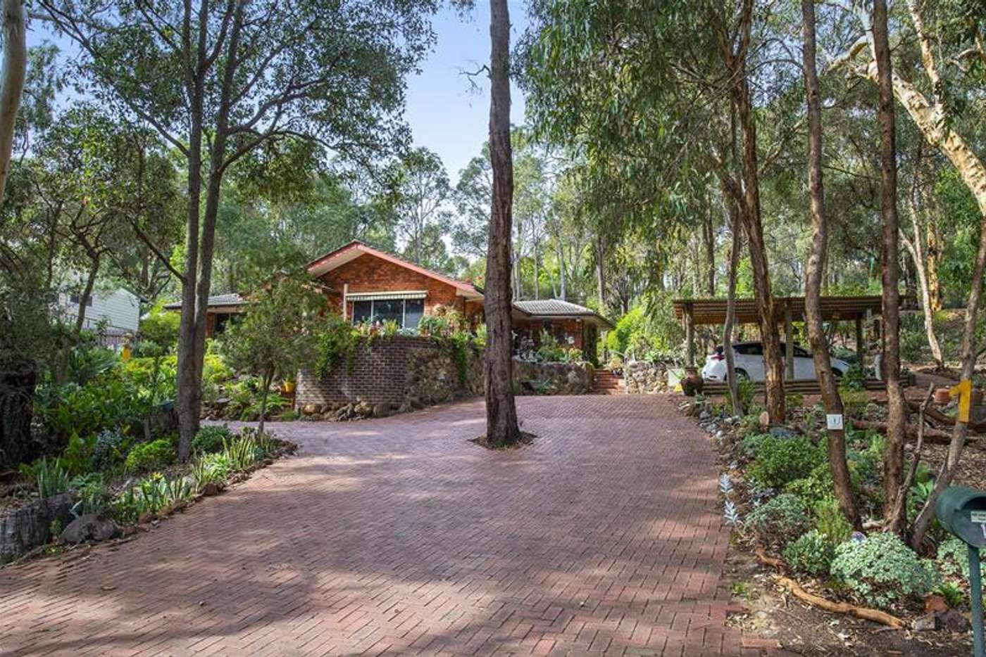 Main view of Homely house listing, 1 Pound Place, Roleystone WA 6111