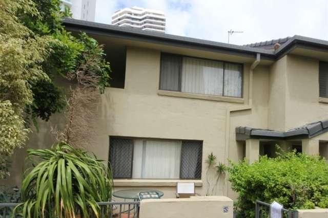 'Leskas' 55 Pacific Street, Main Beach QLD 4217