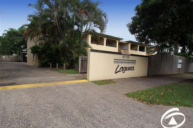 2/217 Spence Street, Bungalow QLD 4870