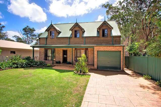 9 Birrabang Avenue, Summerland Point NSW 2259