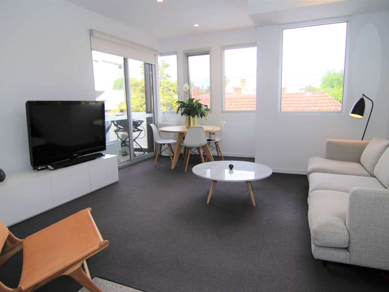 Main view of Homely apartment listing, 102/33 James Street, Windsor, VIC 3181