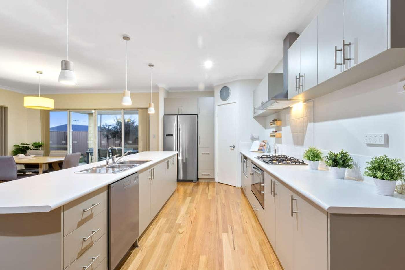 Sixth view of Homely house listing, 58 Peregrine Circle, Beeliar WA 6164
