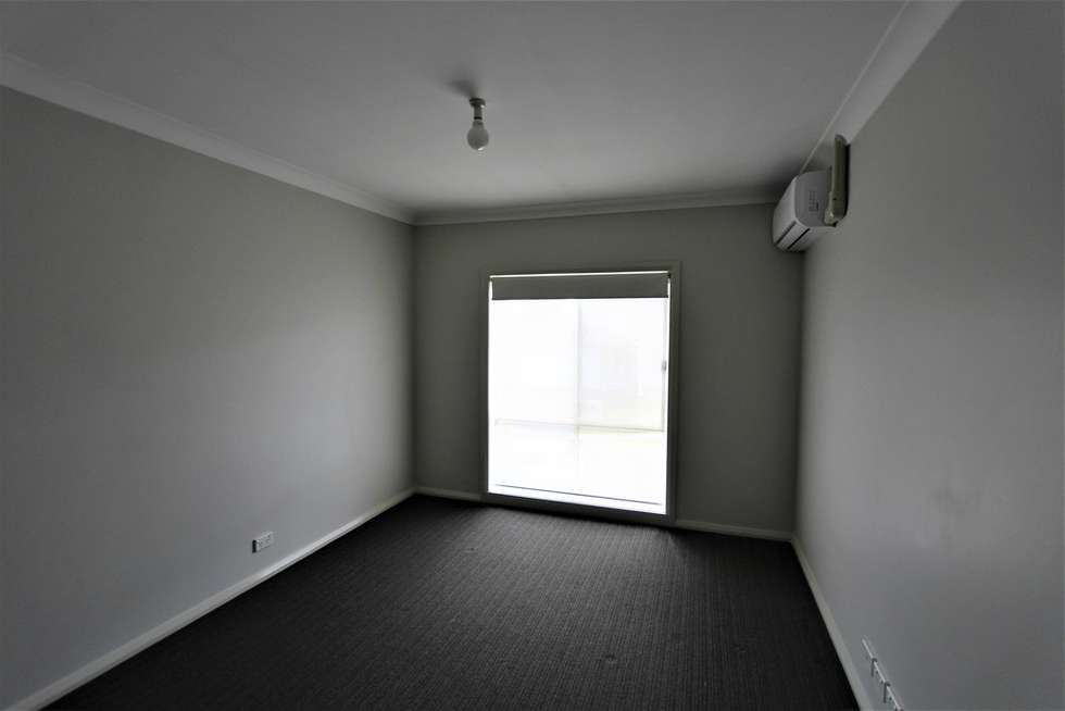 Fifth view of Homely house listing, 15 Hindostan Road, Glenfield NSW 2167