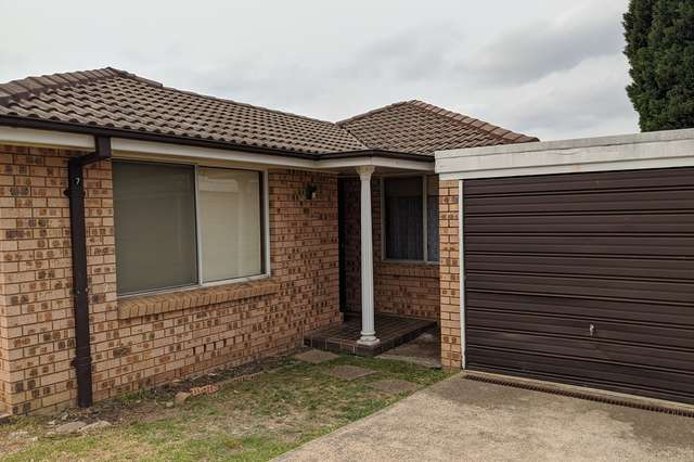 7/4 Sitella Place, Ingleburn NSW 2565