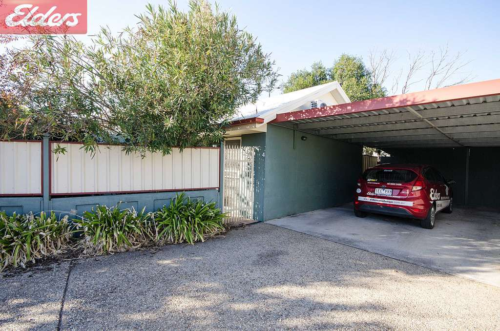 Main view of Homely townhouse listing, 4/332 Tribune Street, Albury, NSW 2640