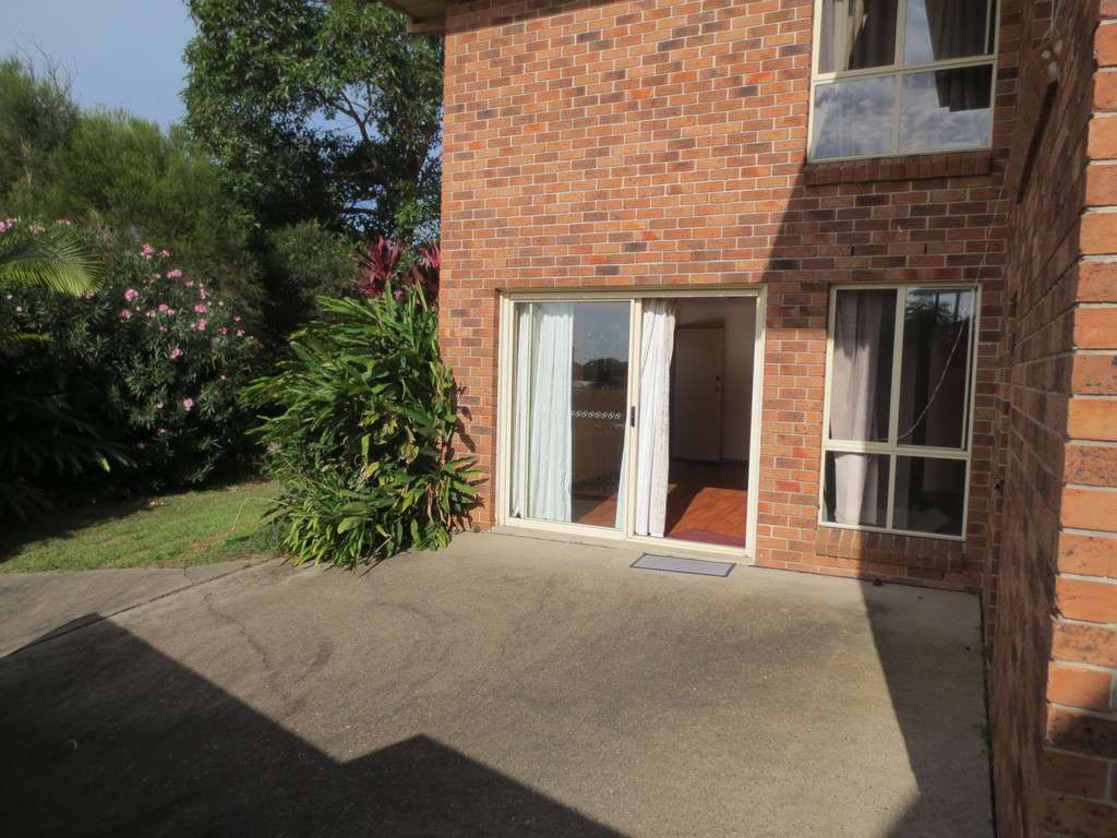 Main view of Homely unit listing, 8 MOUNT PLEASANT DRV, Coffs Harbour, NSW 2450