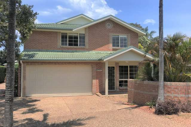 1/7 Crystal Cl, Fingal Bay NSW 2315
