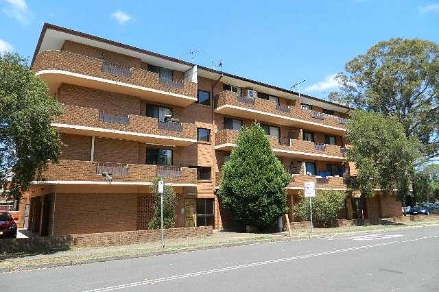 6/118 wattle Ave, Carramar NSW 2163