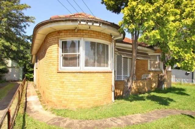 17 Gladstone Avenue, Wollongong NSW 2500