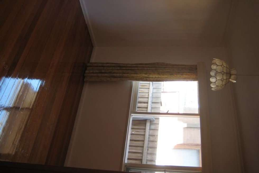 Fifth view of Homely house listing, 10 Daleglen Street, Reservoir VIC 3073