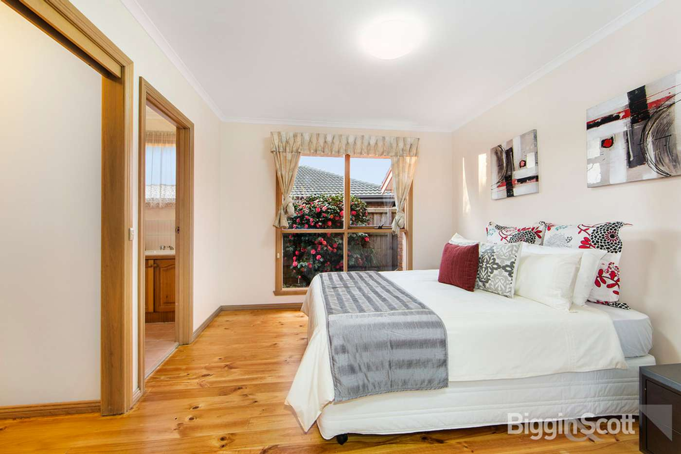 Sixth view of Homely house listing, 10 Bemboka Court, Wantirna South VIC 3152