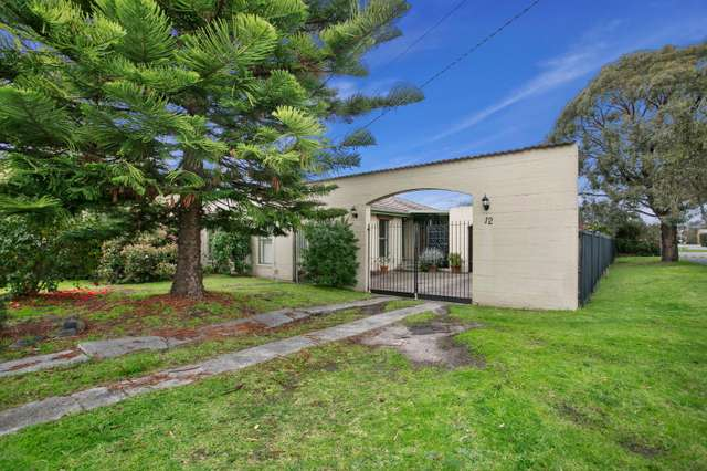 12 Belvedere Road, Seaford VIC 3198