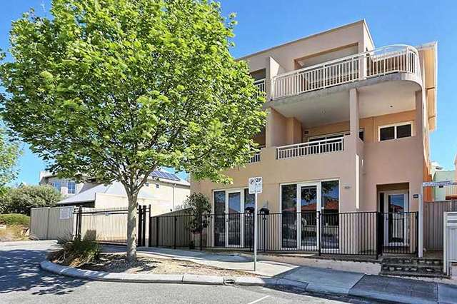 2/2 Norman Street, Fremantle WA 6160