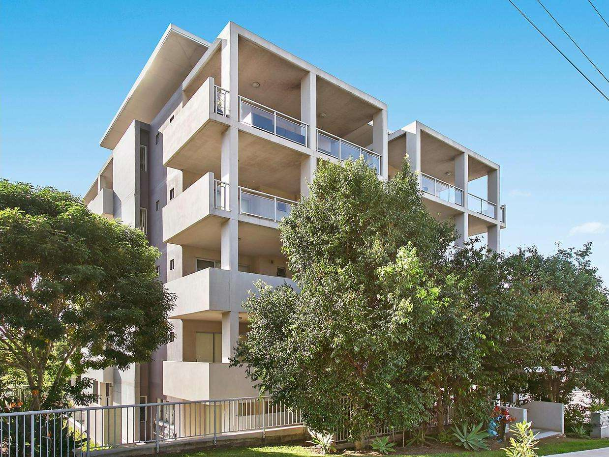 Main view of Homely unit listing, 18/12 Loftus Street, Wollongong, NSW 2500