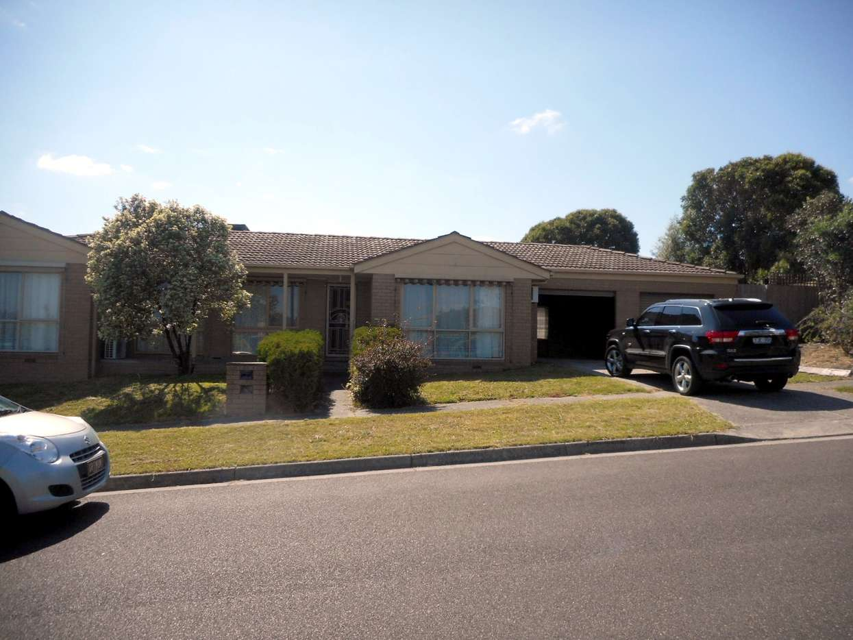 Main view of Homely house listing, 35 CLIFTON WAY, Endeavour Hills, VIC 3802