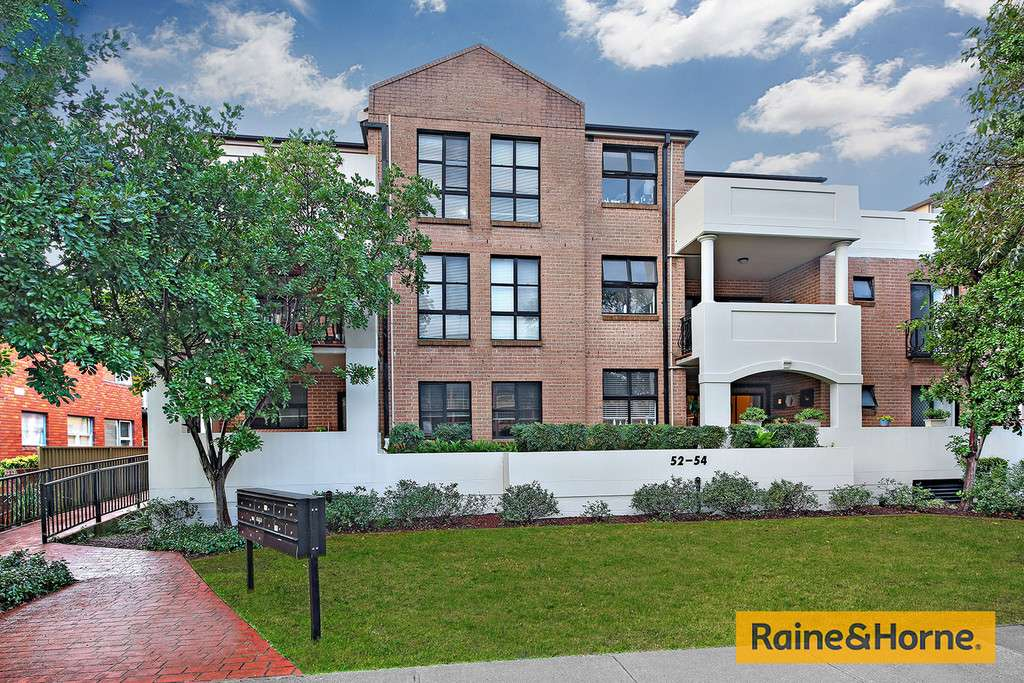 Main view of Homely unit listing, 5/52-54 Banks Street, Monterey, NSW 2217