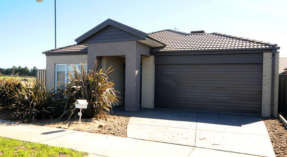 2 Buckthorn Drive, Cranbourne North VIC 3977