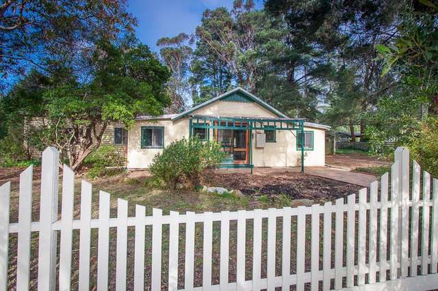 7 McBean Avenue, Macedon VIC 3440